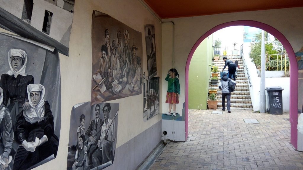Telling the story of Cape Town through art